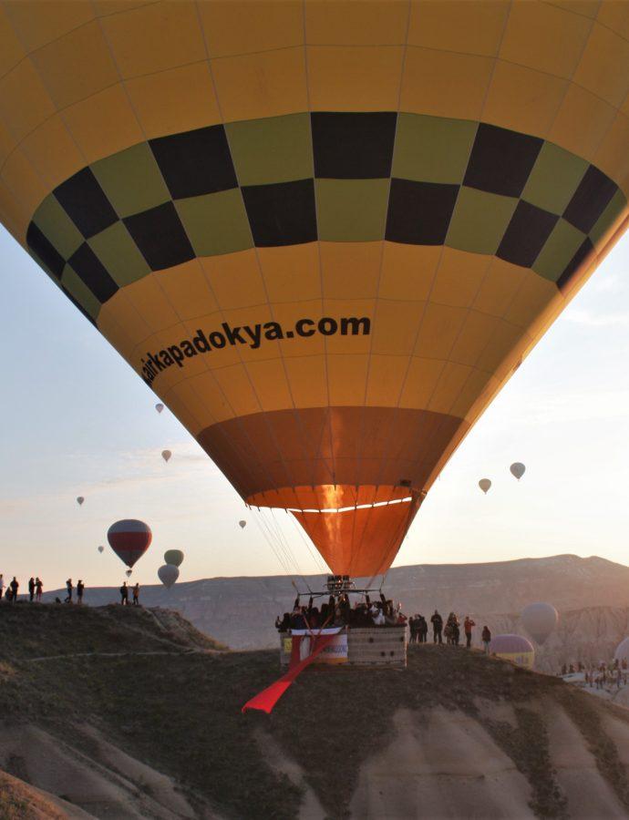 Kapadokya Gezi Rehberi: Balonların insanları uyandırdığı bir dünya