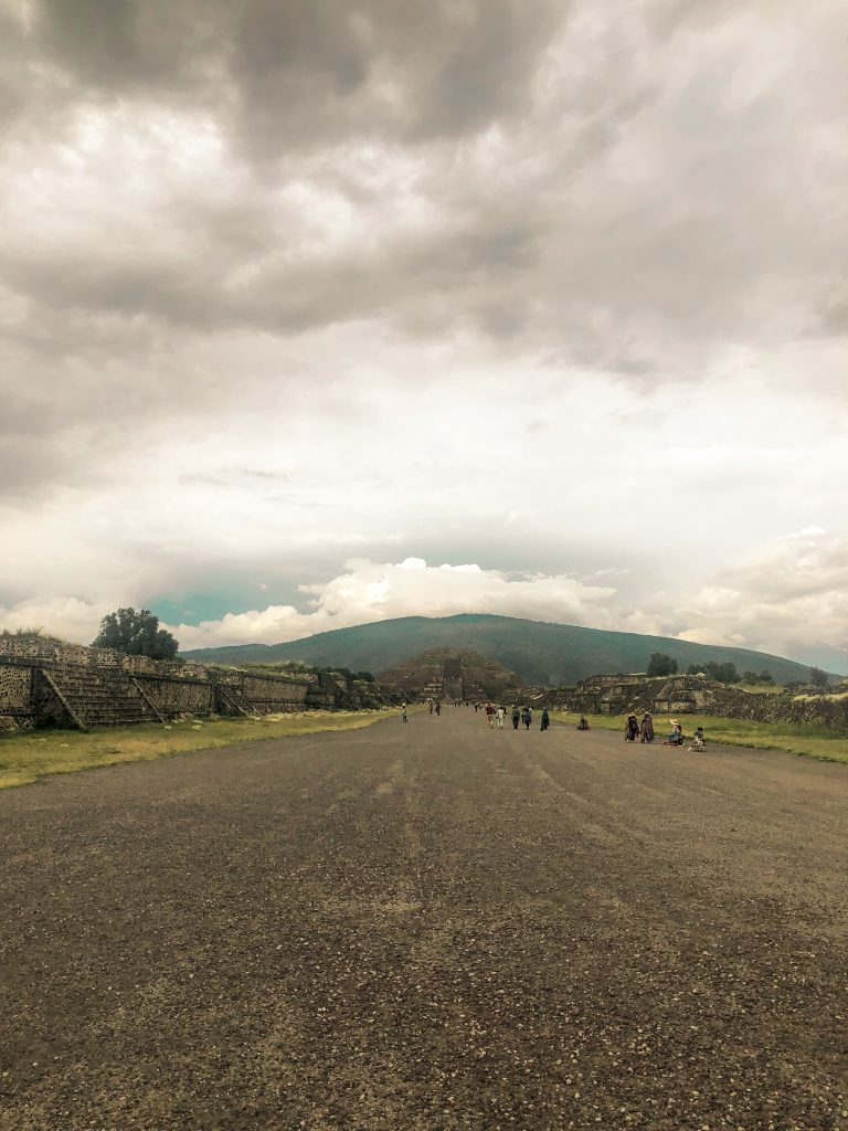 ölüler yolu teotihuacan