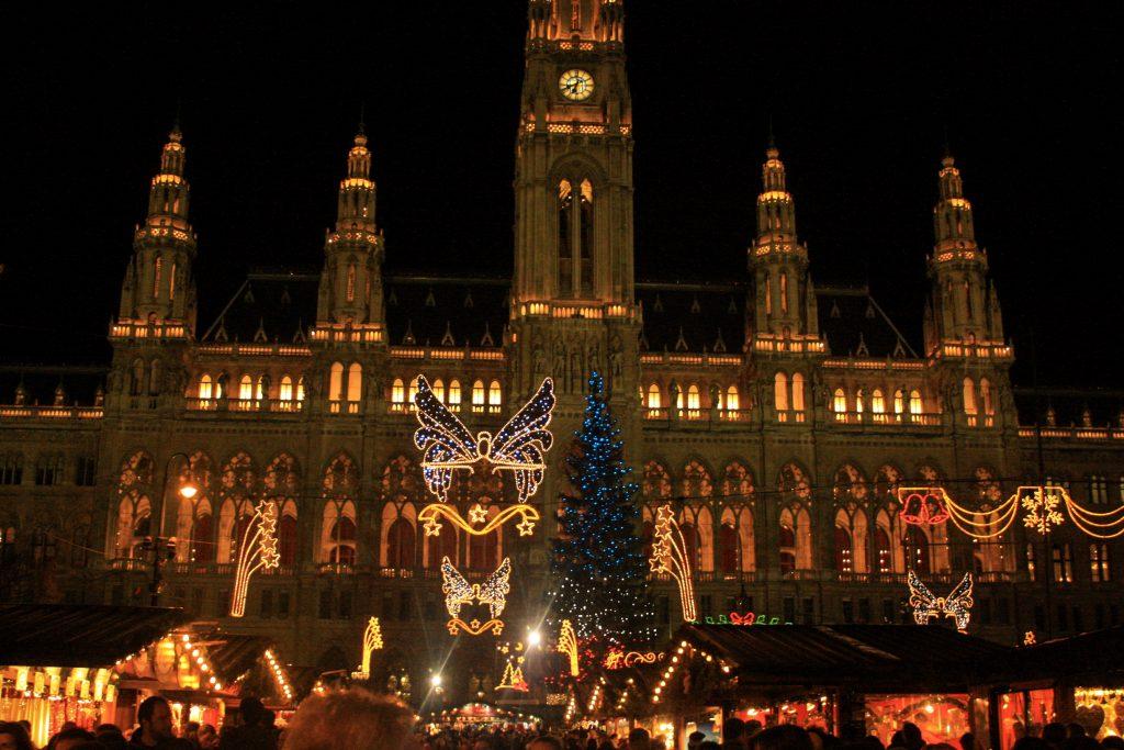 Rathaus viyana noel pazarı