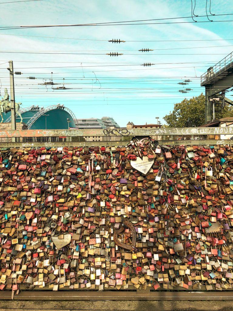 köln aşk köprüsü